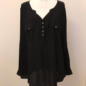 Torrid Button V-Neck Lightweight Blouse Size 3